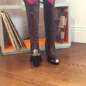 New Frye brown and metallic unique boots